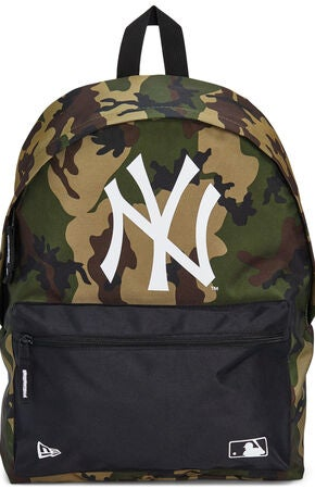 New Era MLB NYY Ryggsekk 16L, Woodland Camo/Black